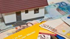 """Immobilien werden teurer:  Viele rechnen mit weiterem Anstieg., AS-TIP: """"Man sollte sein Kapital in Immobilien anlegen.., die laufen nicht fort."""" Quelle t-online-de: http://www.t-online.de/finanzen/immobilien/id_81889592/immobilien-immobilien-werden-teurer-viele-rechnen-mit-weiterem-anstieg.html"""