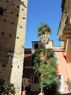 Dolcedo (IM), Piazza S. Tommaso