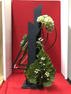 The Ohio Association of Garden Clubs Deco Floral, Arte Floral, Floral Design, Oriental Flowers, Corporate Flowers, Modern Flower Arrangements, Light Garland, Oriental Design, Garden Club