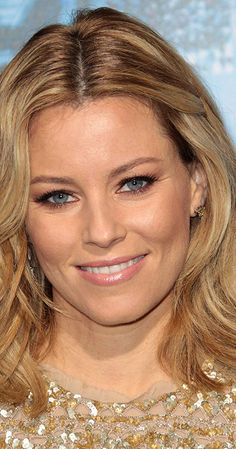 Elizabeth Banks - What to Expect When You're Expecting, Zack and Miri Make a Porno, The Hunger Games and The 40 Year Old Virgin Elizabeth Banks, Liz Banks, Elizabeth Mitchell, Hailey Baldwin, Beautiful People, Most Beautiful, Beautiful Women, Beautiful Eyes, Secrets Revealed
