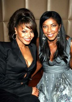 Natalie Cole and Janet Jackson Janet Jackson, Music Icon, Soul Music, Natalie Cole, Vintage Black Glamour, Women In Music, Jackson Family, The Jacksons, Aretha Franklin