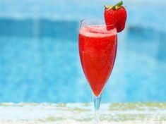 Rossini - recept på drink med prosecco & jordgubbar | Allt om Vin