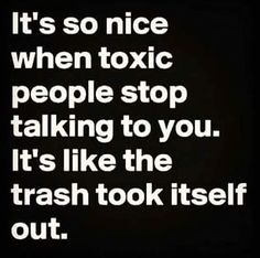 toxic people quotes sayings Now Quotes, True Quotes, Great Quotes, Quotes To Live By, Motivational Quotes, Funny Quotes, Karma Quotes, Fake Family Quotes, Truth Hurts Quotes