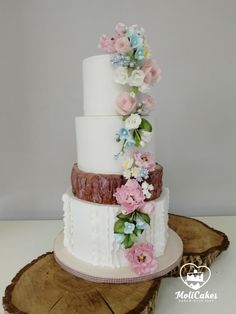 Romantic wedding cake by MOLI Cakes Pretty Cakes, Beautiful Cakes, Amazing Cakes, Wedding Flower Inspiration, Wedding Ideas, Wedding Cakes With Flowers, Flower Cakes, Modern Cakes, Cake Art