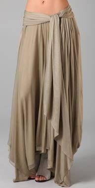 Jen Kao Desert Grazer Skirt - not a tutorial, but I think I could reproduce this. I love that it looks like harem pants :) Mode Style, Style Me, Look Fashion, Womens Fashion, Latest Fashion, Bohemian Mode, Bohemian Skirt, Mode Inspiration, Dress Me Up