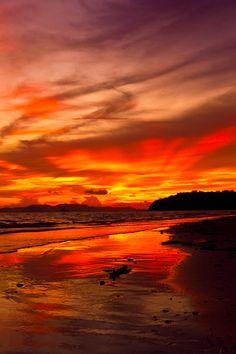 Seurreal Sunset at Beach | Surreal Sunset by masroor saleem