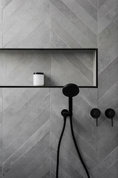 Affordable Stone Tiles Designs For Bathroom Shower Affordable Stone Tile Designs for the Bathroom Shower 23 Tuile Chevron, Chevron Tile, Grey Chevron, Chevron Bathroom, Bathroom Colors, Colourful Bathroom Tiles, Chevron Floor, Small Tiles, Bathroom Tile Designs