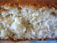 Banana Cake Love me some Bananas. I love banana juice very much and I love bananas chopped with a few tablespoons of Vanilla Pastry Cream!!  Do you know wh