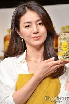 Keiko Kitagawa, Original Image, Actresses, My Favorite Things, Lady, Womens Fashion, Beautiful Women, Beauty, Female Actresses