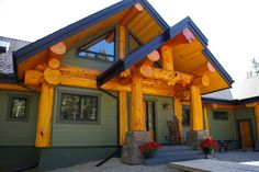 Round log post-and-beam home by Pioneer Log Homes of British Columbia Log Cabin Getaways, Getaway Cabins, Wooden Cabins, Log Cabins, Post And Beam, Home Pictures, Log Homes, Home Crafts, Building A House