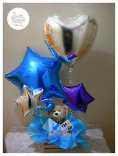 Sorpresa de amor!!! Arreglo de globos. Balloon Basket, Balloon Box, Balloon Gift, Balloon Bouquet, Valentines Balloons, Birthday Balloons, Diy Bouquet, Candy Bouquet, Chocolate Bouquet Diy