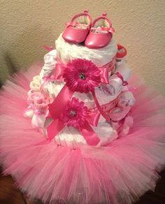 I had a special request to do a girly ballerina themed diaper cake! Before Decorating! :) I decided to add a pink tutu to the b. Baby Shower Baskets, Baby Shower Niño, Shower Bebe, Baby Shower Diapers, Girl Shower, Baby Shower Parties, Baby Shower Crafts, Shower Gifts, Baby Shower Decorations