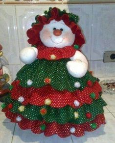 Sewing Christmas gifts homemade 27 ideas for 2019 – christmas decorations Christmas Sewing, Christmas Items, Felt Christmas, Christmas Projects, Christmas Holidays, Christmas Wreaths, Christmas Ornaments, Felt Projects, Homemade Christmas Tree Decorations