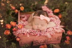 Outdoor Baby Photography, Baby Girl Photography, Newborn Photography Props, Spring Photography, Photography Ideas, Newborn Baby Breastfeeding, Breastfeeding And Pumping, Spring Newborn Photos, Baby Photos