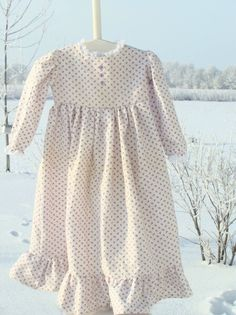 Ellie Inspired Beautiful Dreamer pattern (sizes 1-8)