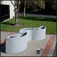 Modular Planters - fiberglass planters in curved sections for a wavy shape… Deck Planter Boxes, Planter Box Plans, Cedar Planters, Wooden Planters, Outdoor Planters, Planter Pots, Indoor Outdoor, Commercial Planters, Fiberglass Planters