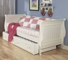 Sleigh Day Bed