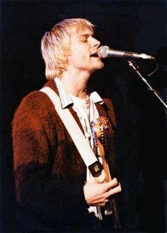 Rare Pictures of Kurt Cobain (46 pics)