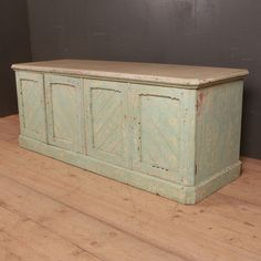 Antique Pine Furniture, Antique Dressers, Painting Antique Furniture, Painted Furniture, Low Dresser, Pine Dresser, French Dresser, Selling Antiques, Hope Chest