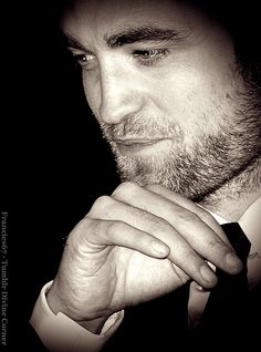 Three things I love: Rob in a suit, his scruff, & long fingers!