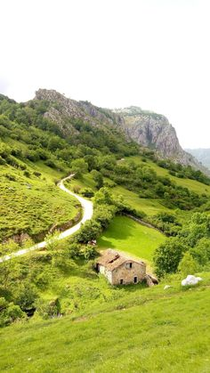 Picos De Europa Spain. Intense feast for the eyes. || Click on the photo to discover the most incredible destinations with us :)