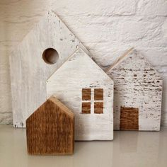 Little houses, wood house Wooden Crafts, Diy And Crafts, Wooden Blocks, Wooden Houses, Miniature Houses, Kit Homes, Wood Toys, Little Houses, House In The Woods