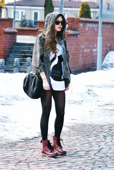 New how to wear black tights doc martens 66 ideas Dr. Martens, Red Doc Martens, Dr Martens Outfit, Dr Martens Boots, Dr Martens Style, Winter Outfits, Cool Outfits, Summer Outfits, Casual Outfits