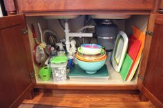 21 Simple Ways to Maximize Your Kitchen Cabinet Storage  #kitchenideas #diykitchen #kitchendesign