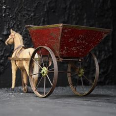 horse and cart - Decorative Collective Antiques Online, Selling Antiques, Antique Items, Vintage Items, Metal Cart, Extraordinary People, Antique Market, Close Up Pictures, Wheelbarrow