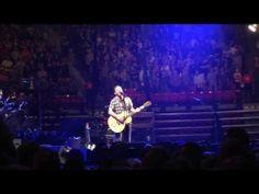 ▶ Pearl Jam - Sirens singalong outro - San Diego 11/21/2013 viejas arena - YouTube