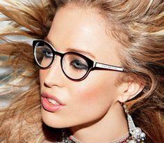 Las gafas graduadas este invierno tienden a ser más redondas.  #redondas #gafas #ver #vista #modelo