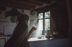 There's something so captivating about morning light. Upon the very first thing we see as we wake, bringing new possibilities for the day to come. Do something new today. Lifestyle Fotografie, Bohemian House, Slow Living, Morning Light, Light And Shadow, Belle Photo, Hygge, Sunlight, In This Moment