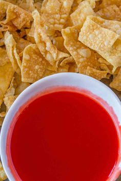 Sweet and Sour Sauce. The sauce is the classic tangy and sweet dipping sauce of Chinese takeout restaurants that has just six ingredients and takes less than 10 minutes to make. Easy Chinese Recipes, Asian Recipes, New Recipes, Cooking Recipes, Favorite Recipes, Asian Foods, Dinner Recipes, Sauce Recipes, Chicken Recipes