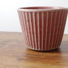 宋艸窯の鎬そば猪口です。お蕎麦のつゆ汁の他、副菜やデザート用にもお使いいただけます。