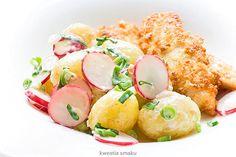 New potatoes with radish, spring onions and horseradish sauce Salad Recipes, Vegan Recipes, Vegan Food, Horseradish Sauce, Online Cookbook, Tasty Bites, Polish Recipes, Potato Salad, Healthy Eating