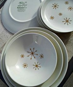 Mid Century Atomic Star Glow Plate by Royal China  One by DollFood, $10.00