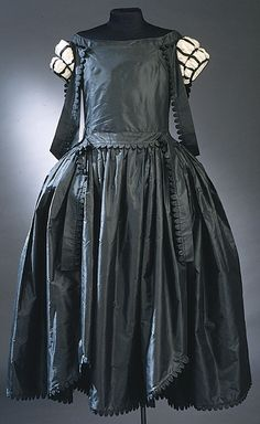Evening Dress, Jeanne Lanvin, Paris, France: 1926, silk taffeta. Inventory Number: 31488