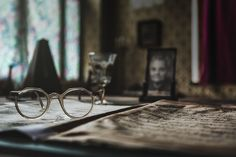 Disused glasses by nOiR^