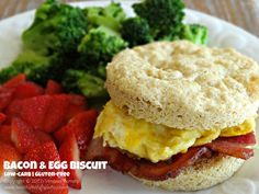 Easy breakfast biscuit - low carb, gluten free.