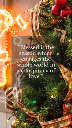 Happy holidays quotes for Christmas season to wish friends and family. #HappyHolidaysQuotesChristmas #ChristmasSeasonQuotes