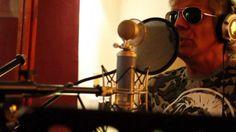 videos beto casella CORTINA BIEN LEVANTADO 2013 (VIDEO OFICIAL) #ArielRedondo, #BetoCasella, #PabloGalbusera    PABLO GALBUSERA: musica y letra BETO CASELLA: letra ARIEL REDONDO: Dirección --- Grabado en estudios Lexico por Matias Parisi ---- La cortina es una adaptación del tema ANDAR EN BICICLETA del disco CATARSIS de PABLO GALBUSERA,