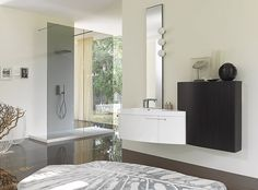 Nice fresh bathroom space by Snaidero.  Bathrooms should always feel airy.  This one achieves it.