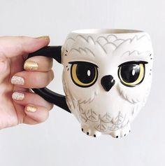 ceramic mugs Harry Potter Hedwig Ceramic Mug Brand New In Box Hedwig Harry Potter, Harry Potter Diy, Harry Potter Nails, Harry Potter Merchandise, Harry Potter Bricolage, Owl Mug, Disney Mugs, Cute Cups, Geeks