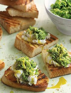 Serve up some of these easy broad bean and mint crostini as a delicious starter or snack | Tesco