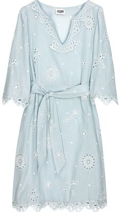 "Alice by Temperley Light-blue cotton-voile kaftan with white broderie Anglaise cutout embroidery. ALICE by Temperley kaftan has a scalloped trim, a slit neck, slight gathering at shoulders, three-quarter length sleeves, vents at sides, a self-tie sash at waist and simply slips on. 100% cotton. Dry clean. •	UK 6 •	Runs true to size •	Loose style •	Mannequin is wearing a UK 8 •	Mannequin height is 180cm/ 5'11""  Net A Porter GBP 86.81  26th- 10-2010"
