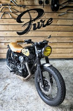 w800 by Pure motorcycles