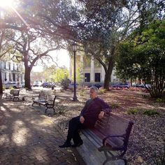 Savannah's squares offer a place to relax perhaps none more famous than Chippewa Square with Forrest Gump's bench.  #savannah #georgia #chippewa #forrestgump #squares #citysquare #park #deepsouth #relaxation #parkbench #usa #travel #travelgram #instatravel #journey #worldcaptures #iconic #moviescene #springtime #southerncharm #southernliving