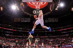 Blake Griffin dunks on a fast break against the Milwaukee Bucks.