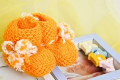 Baby Wool Boots - Orange  https://www.facebook.com/flocosdela