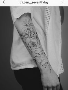 forearm for Paris 🌸🌿 - Brenda O. - Floral forearm for Paris 🌸🌿 – -Floral forearm for Paris 🌸🌿 - Brenda O. - Floral forearm for Paris 🌸🌿 – - 50 Chic And Sexy Arm Floral Tattoo Designs You Must Know - Page 24 of 50 - Women Fashion Life. Cool Forearm Tattoos, Arm Sleeve Tattoos, Sleeve Tattoos For Women, Forearm Sleeve, Tattoo Women, Forearm Tattoos For Women, Geometric Tattoo Forearm, Women Sleeve, Paris Tattoo